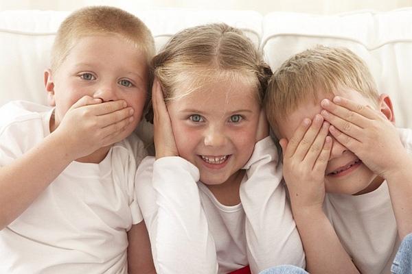 децата да слушат