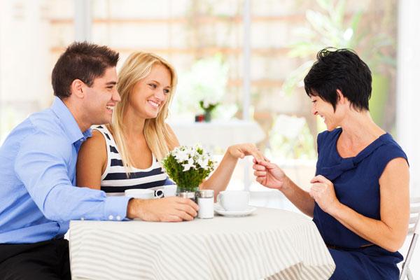 Как да подобрим отношенията си със свекървата