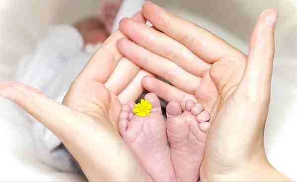 бебе новородено изписване