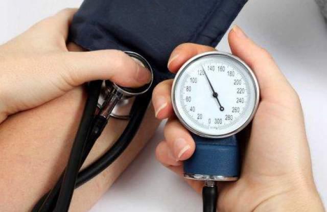 Болница Тракия пита: Знаете ли достатъчно за вашето кръвно налягане?